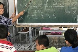 Hơn 40 năm dạy chữ miễn phí cho trẻ nghèo