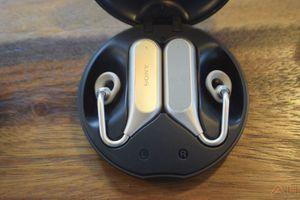 Tai nghe không dây Xperia Ear Duo: vừa nghe nhạc vừa trò chuyện