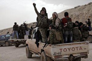 Người Kurd đánh du kích, quân Thổ chiếm thêm đất Syria
