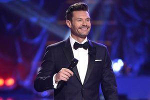 Nam MC 'American Idol' bị tố quấy rối tình dục