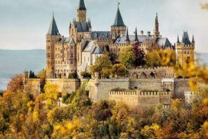 Vụ hoàng tử nước Đức tự sát: Hoàng tộc quyền lực Đức giờ sống ra sao?