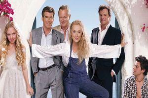 'Mamma Mia!: Yêu Lần Nữa' tiết lộ tình trường lừng lẫy một thời của nàng Donna