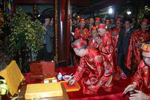 Khai ấn đền Trần Nam Định khởi nguồn từ đâu?