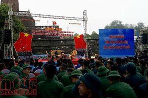 Gần 2.000 thanh niên Thủ đô viết đơn tình nguyện nhập ngũ