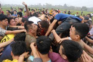 'Sẽ dừng tổ chức lễ hội Phết Hiền Quan nếu tiếp tục để xảy ra tranh cướp phản cảm'