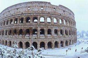 Thành Rome hóa cổ tích sau trận tuyết kỷ lục