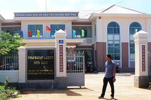 Phòng GD&ĐT huyện lấy tiền hỗ trợ trẻ em vùng khó đi tiếp khách