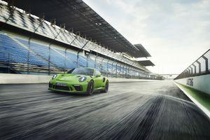 Porsche trình làng xe thể thao 911 GT3 RS mới, giá gần 14 tỷ