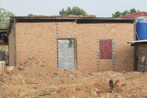 Hiệu trưởng xây nhà trái phép trên đất lấn chiếm