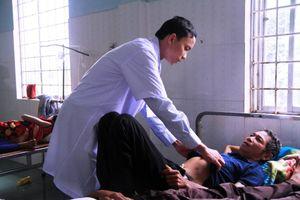 Gia Lai: Nhiều người nhập viện vì ăn thịt gà nuôi trên rẫy bị chết