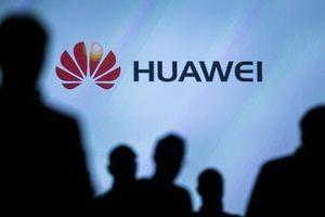 Đến lượt Bộ Quốc phòng Úc 'ngại' điện thoại Trung Quốc