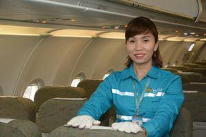 Khách Vietnam Airlines bỏ quên cả tỷ đồng trên máy bay