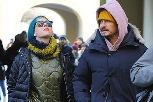 Katy Perry và Orlando Bloom đi dạo phố ở Séc giữa tin đồn tái hợp