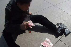 Trung Quốc: Minh chứng tiền giúp chữa bệnh thờ ơ
