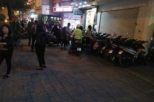 Nhiều điểm trông xe tự phát 'chặt chém' người đến chùa Phúc Khánh giải hạn