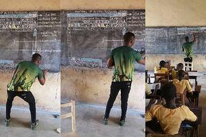 Thầy giáo Ghana nổi như cồn vì dạy tin học 'chay'