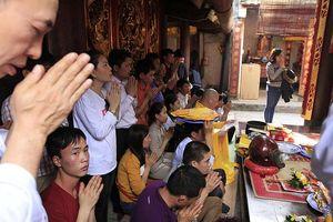 Khai ấn đền Trần 2018: Giá thuê phòng tăng 5 lần