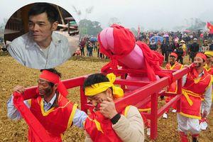 Người khắc 'của quý' trong lễ hội Ná Nhèm ở Lạng Sơn tiết lộ quá trình chế tác