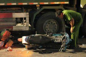Nạn nhân kể lại phút xe ben tông hàng loạt xe máy, nhiều người bị thương