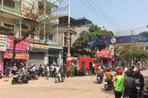 Sơn La: Mua xăng về đốt nhà khiến bình gas phát nổ, 1 người bị thương