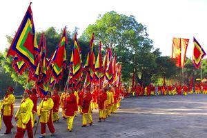 Lễ hội truyền thống mùa Xuân Côn Sơn- Kiếp Bạc 2018