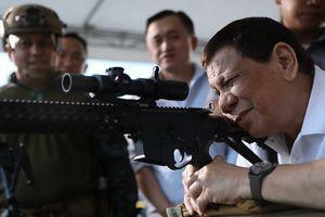 Thêm 100 nghi phạm ma túy bị giết ở Philippines