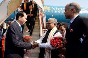 Hình ảnh: Lễ đón Chủ tịch nước và Phu nhân tại sân bay Gaya, Ấn Độ
