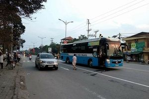 Hà Tĩnh: Nhà xe tìm cách xóa hiện trường sau khi gây tai nạn