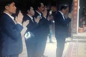 Cách chức Giám đốc điện lực đi lễ đền Trần trong giờ hành chính