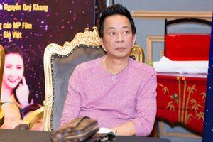 Danh hài Bảo Chung: Nghệ sĩ mang gia đình ra nói kỳ lắm
