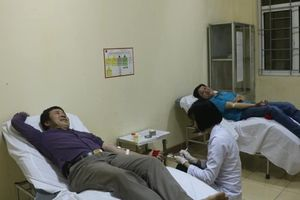 Vượt hàng trăm cây số từ Quảng Bình ra Hà Tĩnh hiến máu cứu người