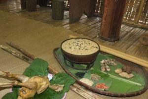 Lễ cúng lúa giống của đồng bào Ê Đê