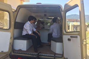 Agribank Quảng Ngãi tiếp tục giao dịch lưu động với người dân xã miền núi