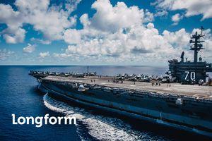 USS Carl Vinson tới Đà Nẵng: Uy lực 'pháo đài nổi' trên biển