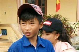 Quảng Trị: Khen thưởng học sinh kịp thời cứu rùa biển quý hiểm