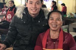 Trung vệ U23 Bùi Tiến Dũng gửi món quà bất ngờ tặng mẹ nhân ngày 8/3