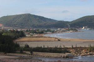 Chủ tịch Thanh Hóa yêu cầu giải quyết vướng mắc tại cảng container Long Sơn
