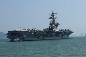 Tàu sân bay USS Carl Vison vừa đến Việt Nam có gì đặc biệt?