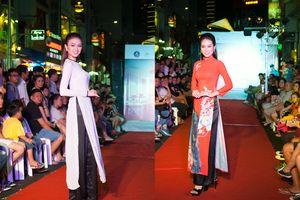 Các Miss Photo 2017 tỏa sáng với Bộ sưu tập áo dài