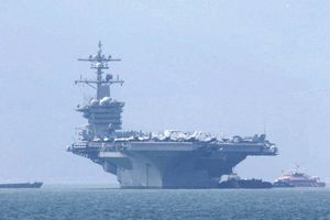 Tàu sân bay USS Carl Vinson cùng hơn 5.000 thủy thủ đoàn thăm Đà Nẵng
