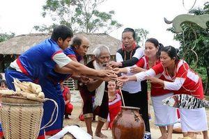 Sôi nổi các hoạt động hướng về biển đảo quê hương tại Làng Văn hóa - Du lịch các dân tộc Việt Nam