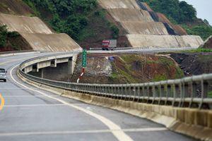 Thí điểm một km đường để xác định mức đầu tư: Bộ Xây dựng than khó
