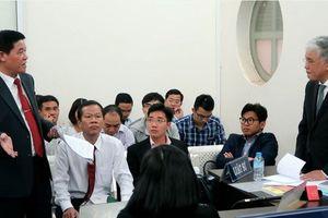 Quyết định hoãn phiên tòa xét xử vụ Vinasun kiện Grab