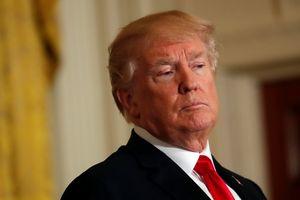 Năm thứ hai vào Nhà Trắng, Tổng thống Trump đang nghèo đi