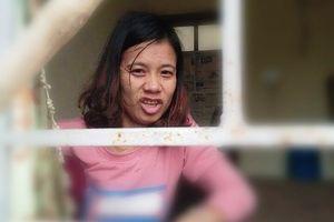 Cô gái câm hốt hoảng chạy vào nhà công an xã đã về nhà