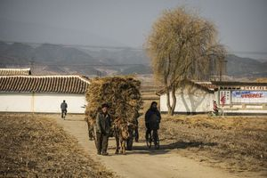 Triều Tiên có nguy cơ cạn tiền, đói kém vì Trung Quốc siết cấm vận