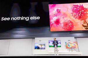 Samsung giới thiệu dòng TV QLED 2018 mới, tăng độ tương phản, hình nền thích ứng không gian