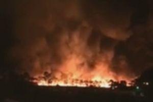 Bàng hoàng trước đám cháy lớn lan rộng 2ha tại Hải Dương