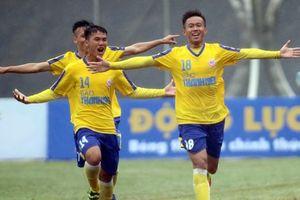 U19 Quốc gia: Đàn em Quang Hải thoát hiểm phút bù giờ
