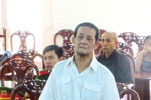 Đến chùa quay phim, chụp ảnh, 'Việt kiều' lừa gần 3,5 tỉ